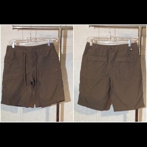 NWOT Size 6 The North Face Cargo Shorts